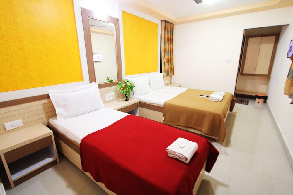 Janaki Hotel