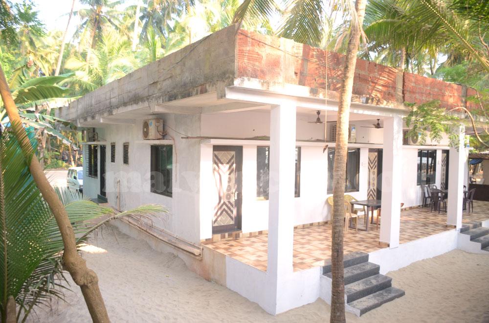 Morning Star Devbag Beach Niwas - Exterior