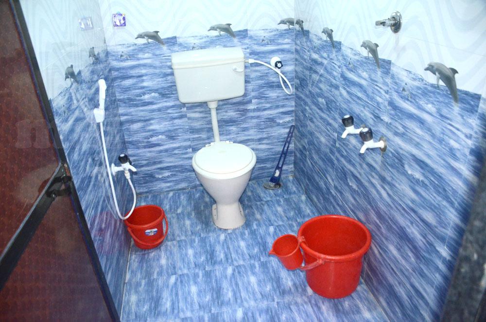 Morning Star Devbag Beach Niwas - Toilet & Bathroom