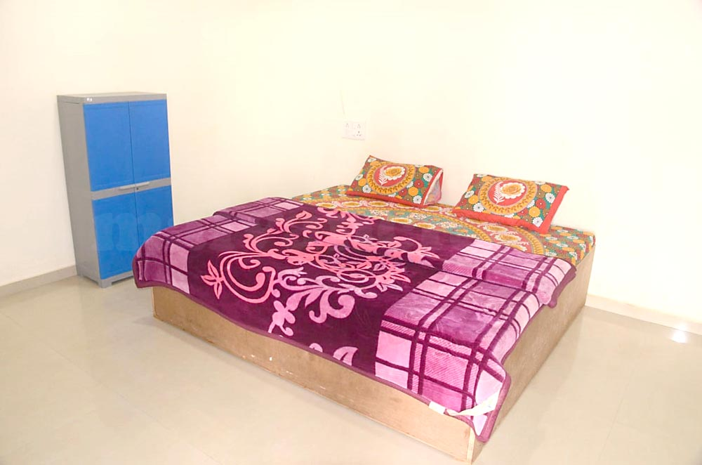 Sea & Sun Home Stay - Non Ac Room In Tarkarli