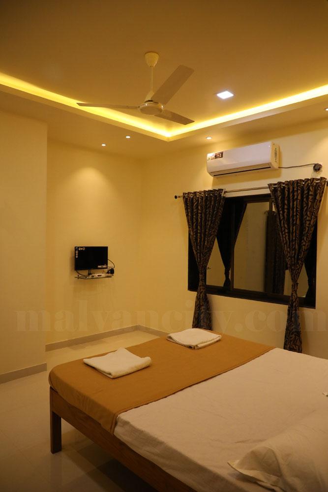 Hotel Near To Dandi Beach Malvan