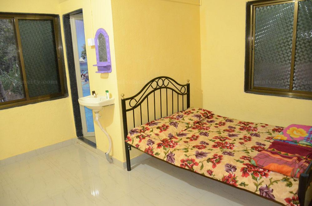 Garudzep Nyahari Niwas - Ac Rooms In Malvan