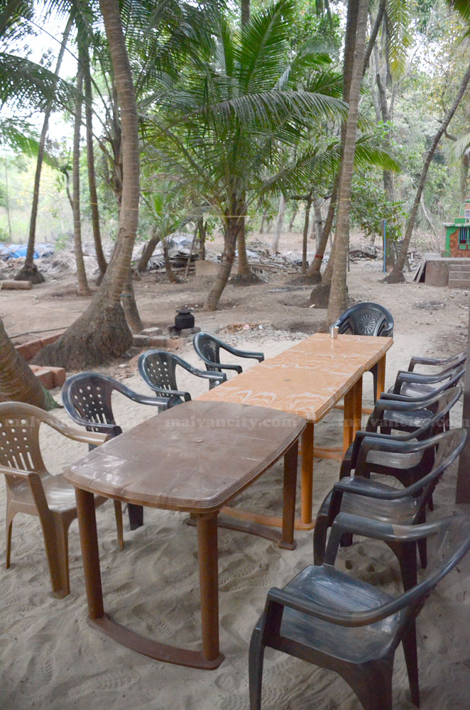 Garudzep Nyahari Niwas - Seating Area