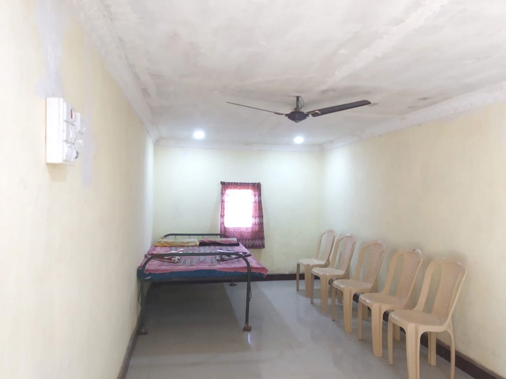 Bhagat Home Stay-Hall