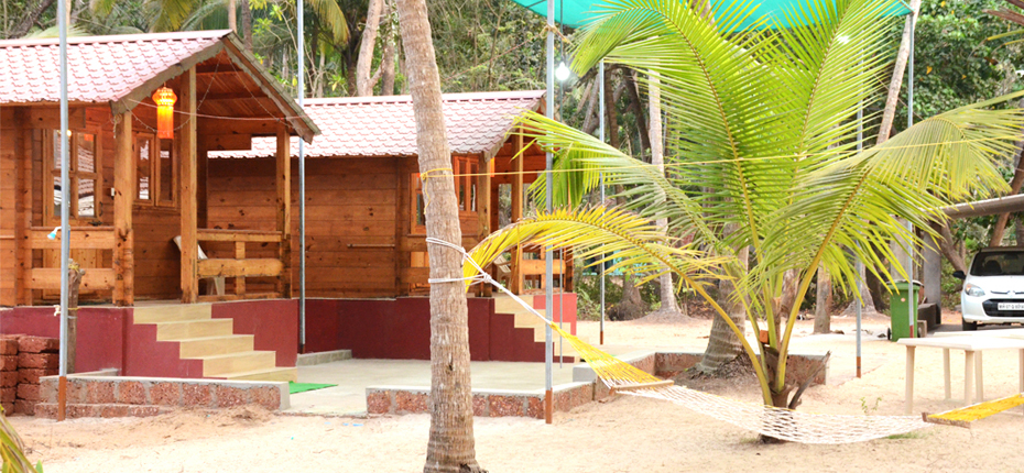 Adinarayan Niwas Wooden Cottages